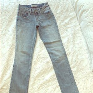 Levi's bold curve mid rise straight fit size 25